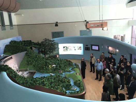 圖1:翡翠大壩及水文流域展示模型