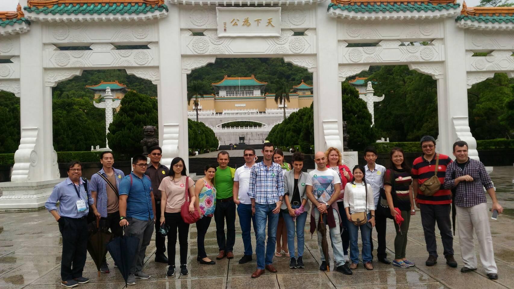圖說:台北市政府與WCIT2017外賓於故宮合影。