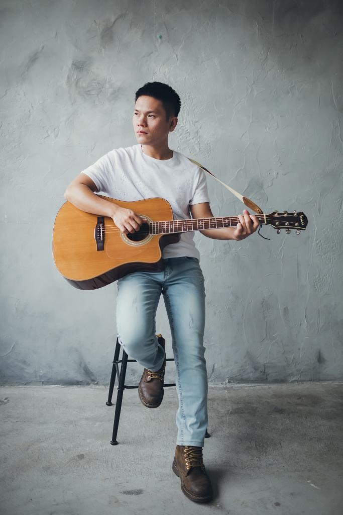 金曲歌王Suming,21日將以純粹的好聲音與現場聽友同歡