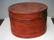 朱漆圓形木片針線盒
