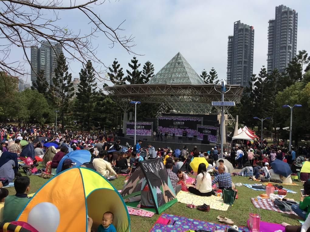(圖7) 現場民眾共襄參與,文漾野餐音樂會