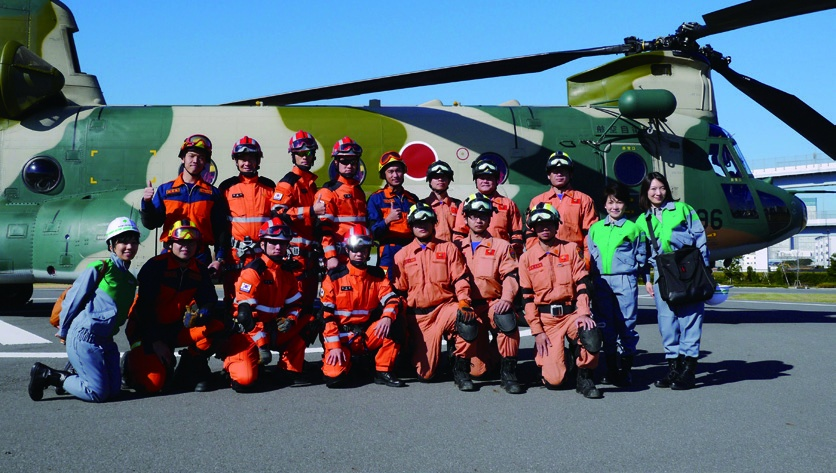 Rescue team in Tokyo's Comprehensive Disaster Training and Maneuvers