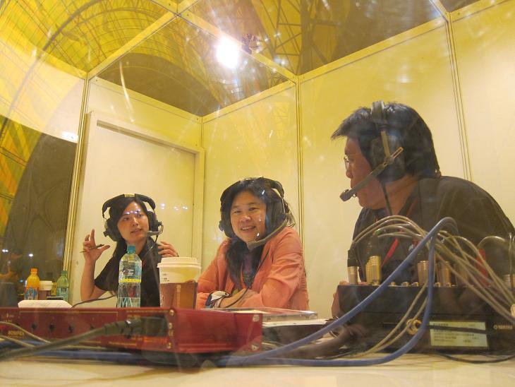 (另開視窗)臺北市文化基金會李永萍董事長於花博閉幕晚會在行動播音室接受訪問