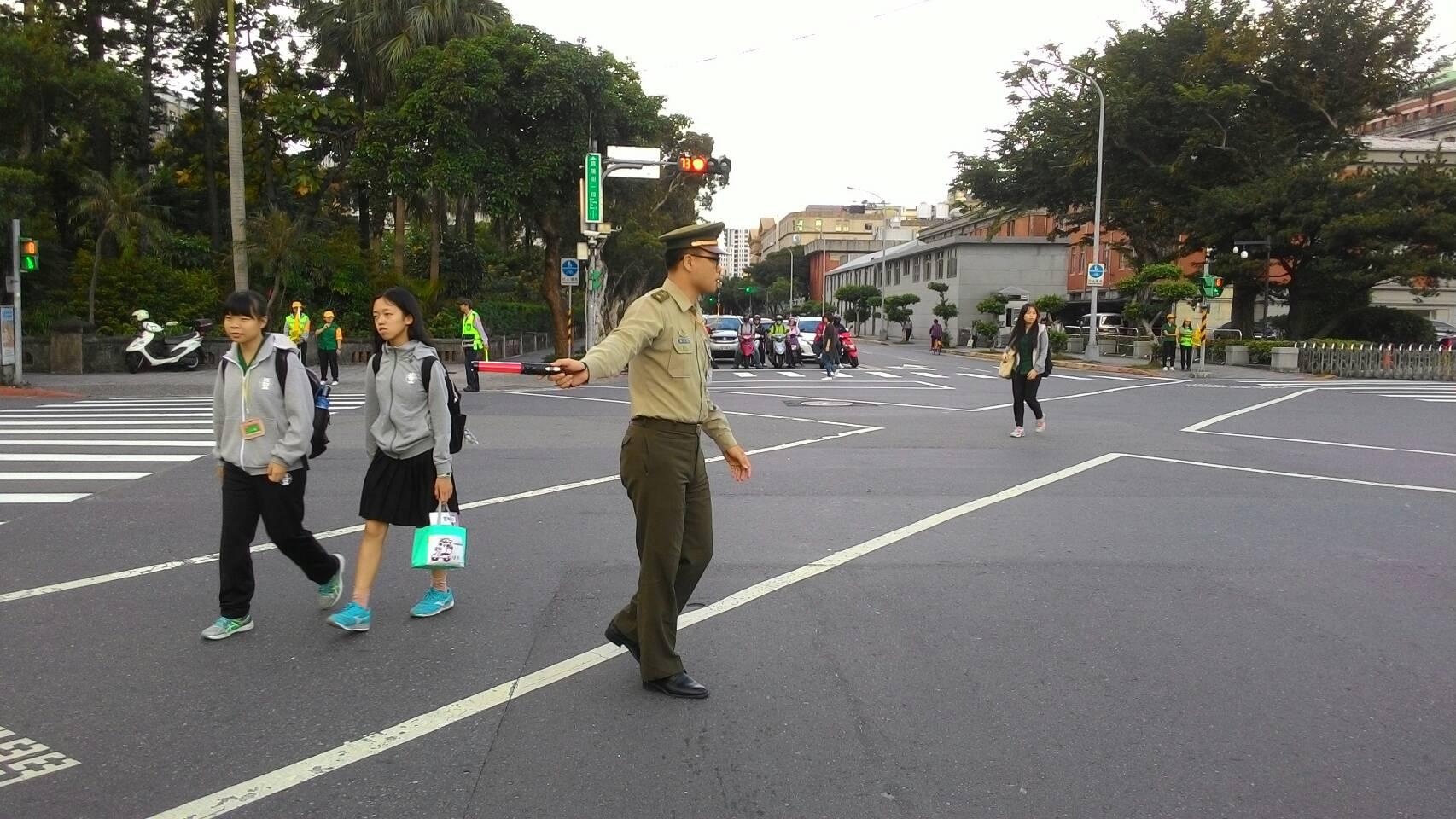 《我的Young觀點》探討「教官退出校園」議題(臺北市政府教育局提供)