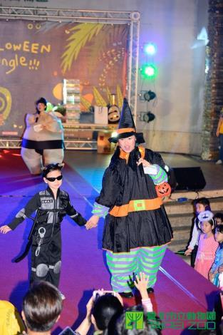 10月31日式動物園園慶夜晚延長開放
