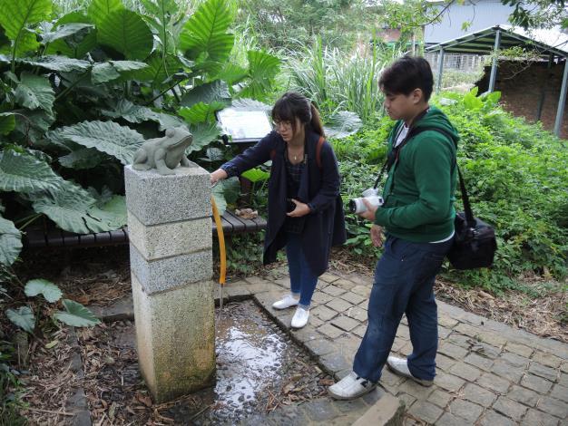 百年古圳洗腳池