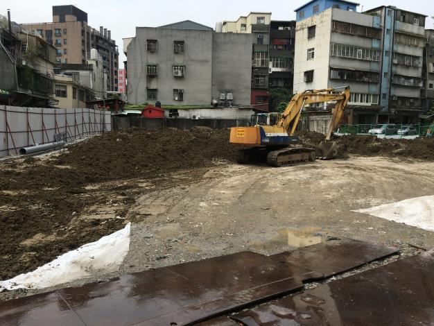 圖2. 完成拆屋後進行整地,回填植栽專用壤土