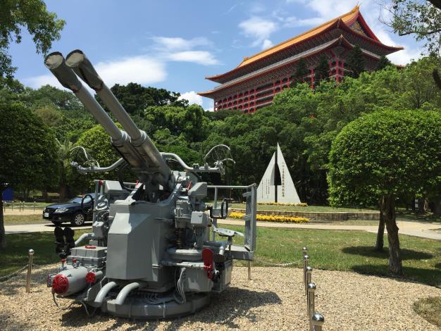 圖7、「40/L60砲」則是從高雄海軍營區託運至台北市