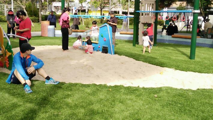 圖5、一片沙坑就能創造出一個多采多姿