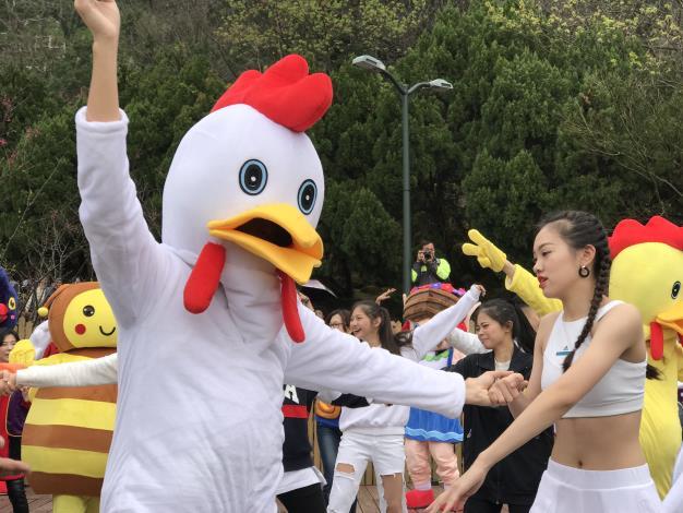 踩街嘉年華活動相片5[另開新視窗]