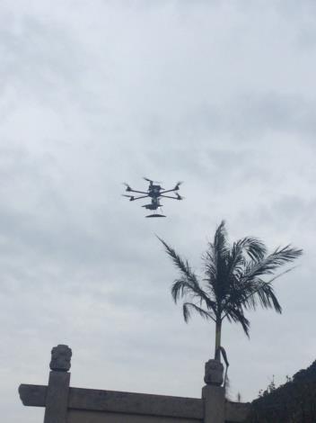 圖說:無人機出動! 結合通訊備援防災演練畫面