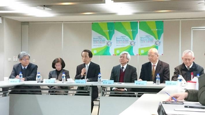 圖說:台北市政府林欽榮副市長出席「2017智慧城市展」展後記者會致詞[開啟新連結]
