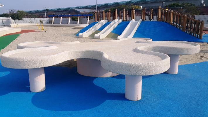 特製共融式沙桌,已通過國際認證安全檢驗