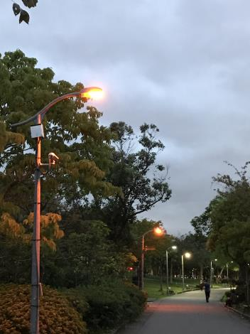 8螢火蟲專用LED燈