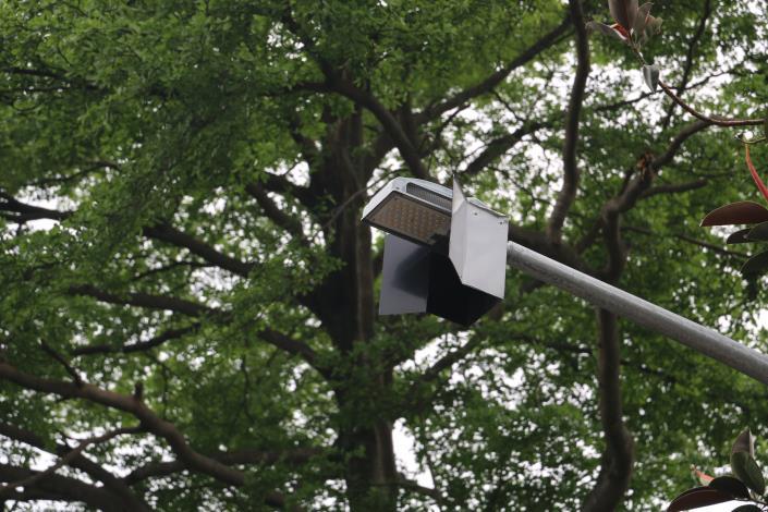2木柵公園LED燈加裝遮光板