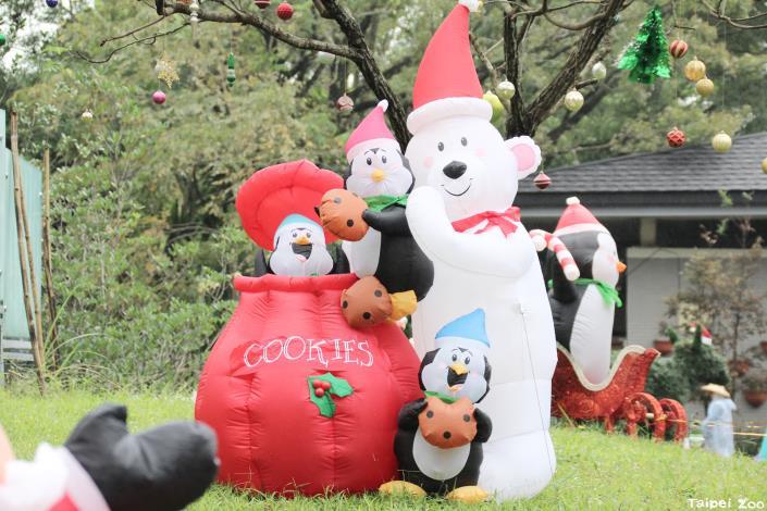 來動物園感受溫馨的聖誕氛圍吧