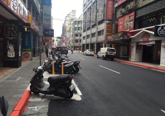 漢口街1段道路更新,標線及停車格位重繪[開啟新連結]