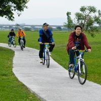 河濱自行車