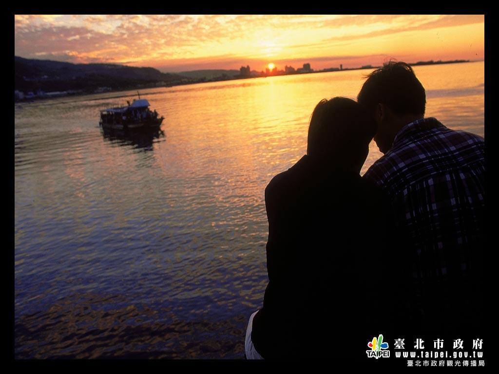 夕陽下的幸福1024x768