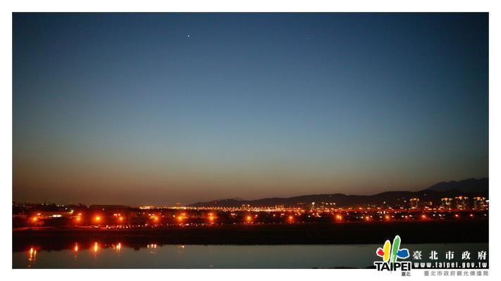圓山飯店看夜景1240x698[開啟新連結]