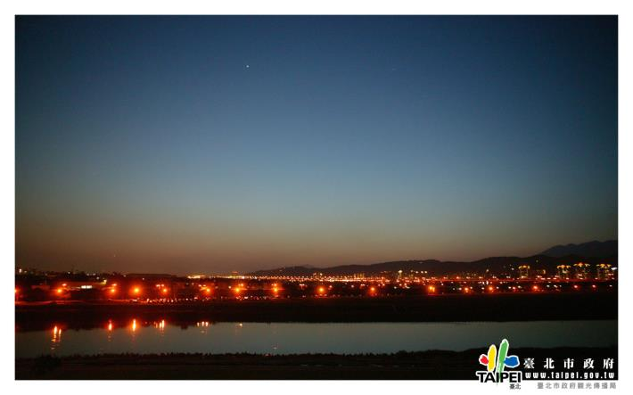 圓山飯店看夜景1280x800[開啟新連結]