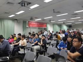 104年5月5日-臺灣科技大學創新育成中心,除計畫說明外,也介紹了商業模式的演進與創新,技術趨勢如何領導下一個世代商業價值創造。另外在中小企業最迫切想要了解的,就是如何創新行銷與創意加值,在此課程中,幫助廠商了解行銷活動規劃以及創新探索與產品/服務開發,企業在初創期雖著重研發,但如何行銷增加營收必是未來的目標。