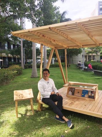 圖3、德行公園台北書席設計師陳秉信先生。