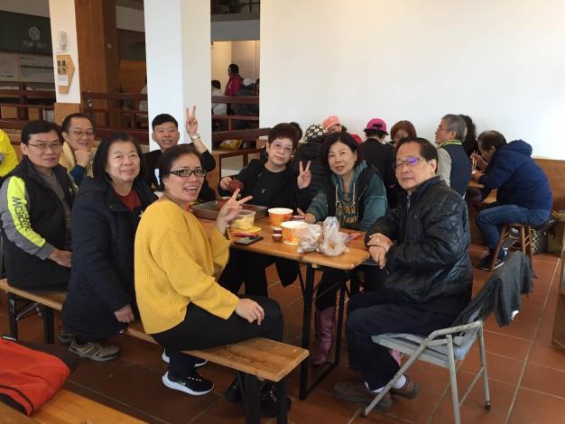 圖2茶製場民眾歡聚活動