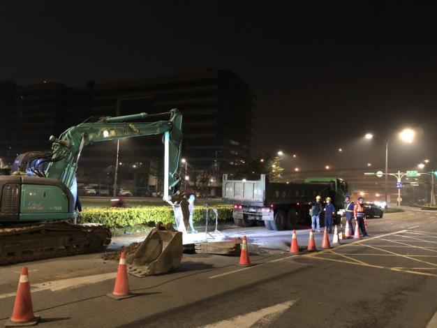 成功路二段施工封閉南向北2線車道,將進行管線汰換計畫