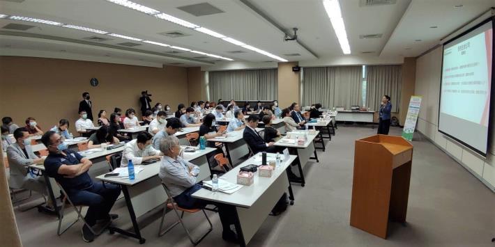 雖受疫情衝擊延遲展開,臺北生技小聚廣受各界歡迎,現場座無虛席1