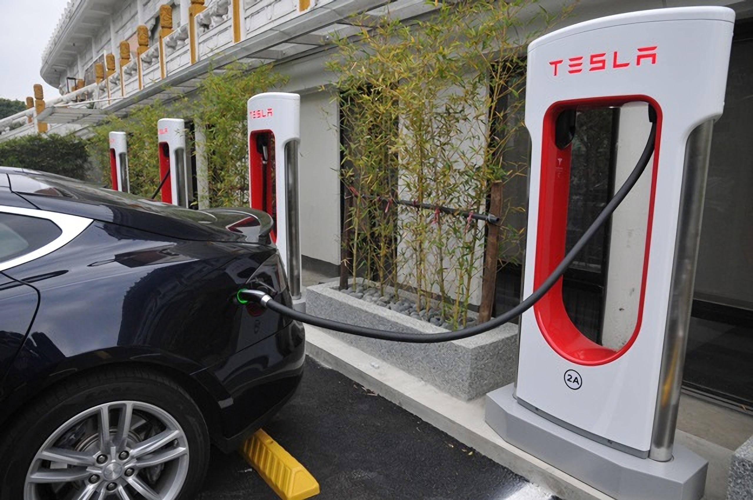 電動汽車充電站-2