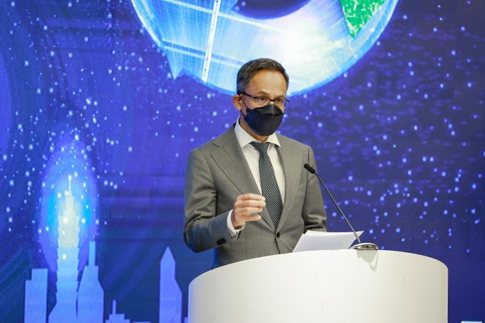 荷蘭駐台代表譚敬南親臨論壇致詞,以荷蘭經驗,認證臺北循環經濟