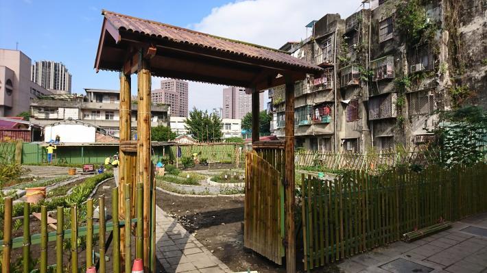 附件3-1_環保局眷舍拆除作為生態學園環教基地.JPG[開啟新連結]
