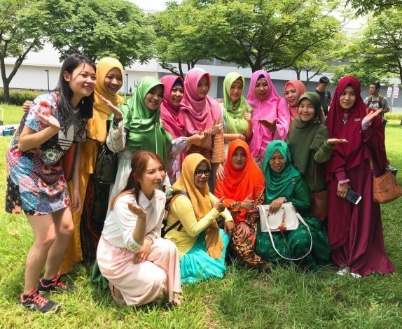 02-02._歡迎穆斯林朋友來大安森林公園感受臺北的熱情[開啟新連結]