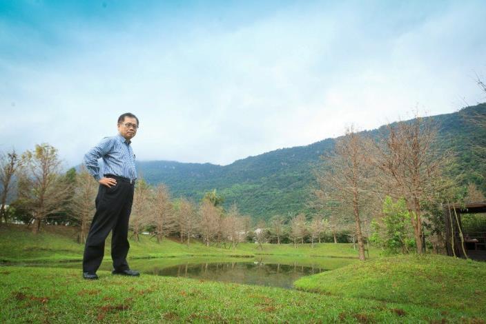 72歲旅遊達人-跟著董事長遊台灣 戴勝通董事長