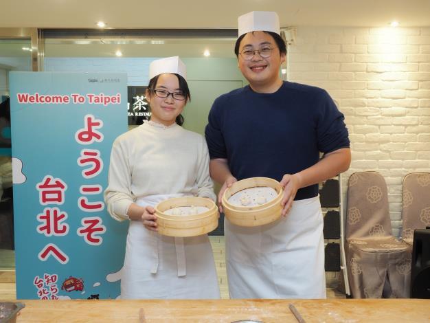 劉奕霆局長歡迎日本修學旅行來訪,也與師生一同體驗臺北市特色美食-1