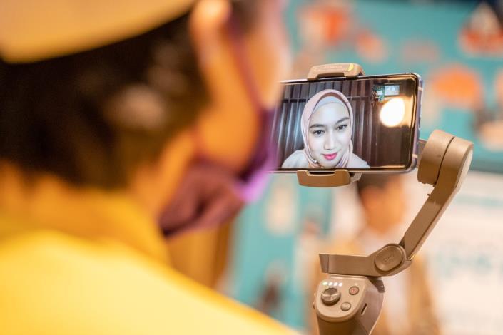 圖7.邀請印尼知名藝人Melody Nurramdhani Laksani擔任本次國際宣傳大使,共同線上參與遊程