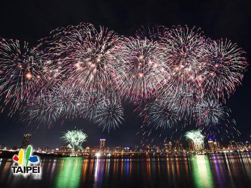2020大稻埕情人節煙火-014