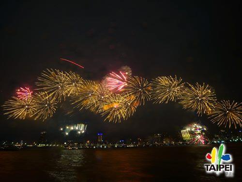 2021大稻埕情人節煙火07