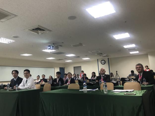 來自菲律賓、日本、匈牙利、希臘、法國、紐西蘭及越南貴賓參訪馬偕醫院。[開啟新連結]