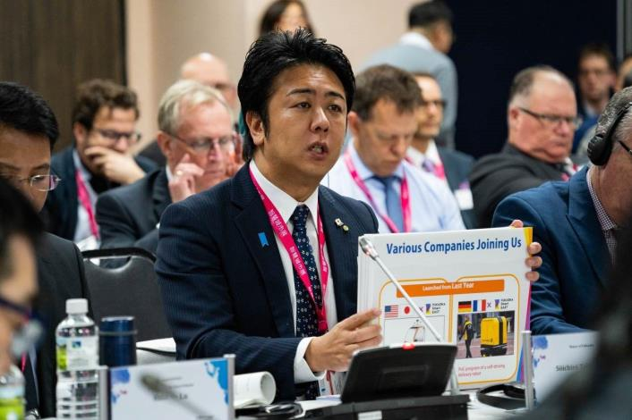 日本福岡市高島宗一郎市長參加首長高峰會分享城市智慧治理的經驗[另開新視窗]