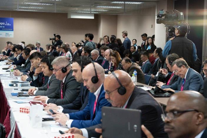 2019智慧城市首長高峰會今(3月26日)於南港展覽館舉行,約有128位城市首長及代表參加[開啟新連結]