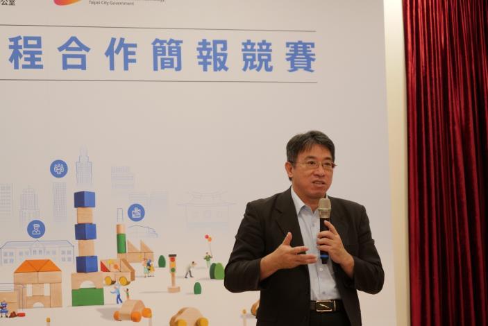 台北市副秘書長陳志銘表示,這些學生的研究成果令人耳目一新,也期待未來能透過各種管道廣納更多來自不同領域的意見和想法