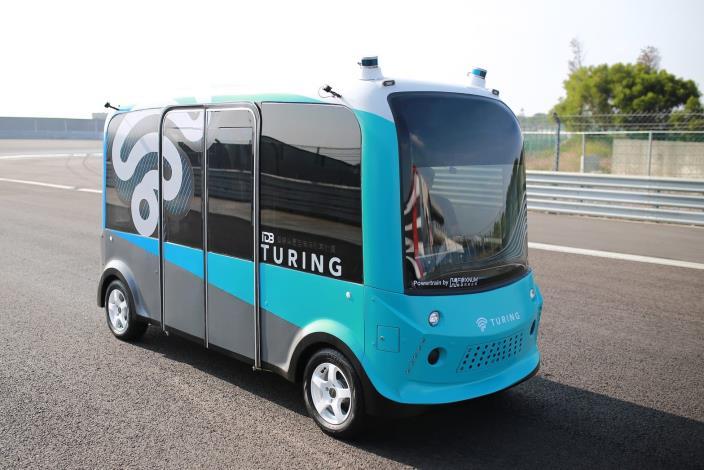 圖2:4米自駕巴士(台灣智駕公司提供)