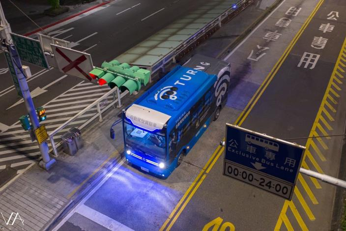 圖2:臺北市自駕巴士即將再度開放行駛(圖片來源:台灣智慧駕駛股份有限公司)