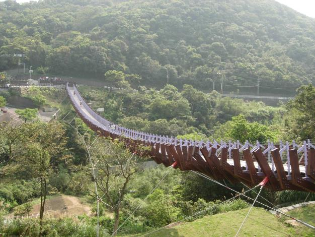 白石湖吊橋1.JPG[開啟新連結]