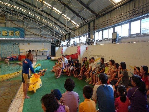 獨木舟室內泳池基礎練習