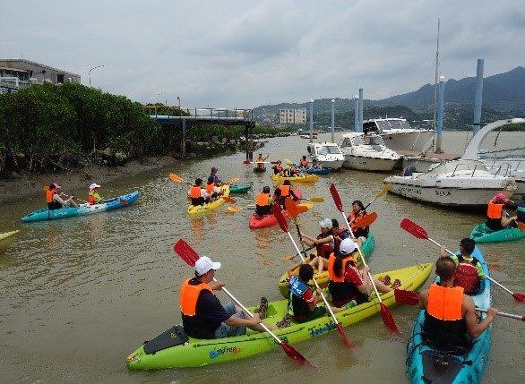 基隆河獨木舟體驗