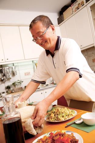 5月號《台北畫刊》美食飄香 跟著經濟學家林向愷 學做道地本幫菜