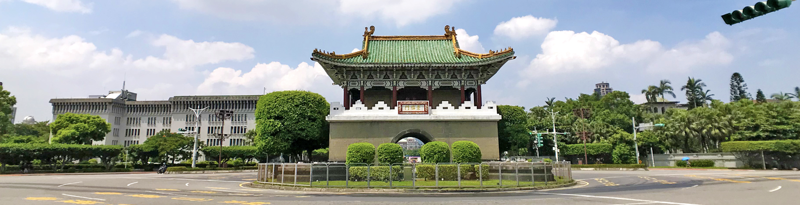 臺北府城東門(景福門)街景